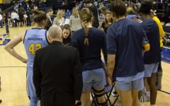 Dahling leads women's basketball from bench