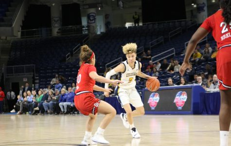 Women's basketball eases past St. John's in BIG EAST Quarterfinals