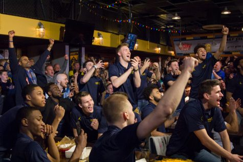 Men's basketball earns No. 5 seed in NCAA Tournament, will face Murray State