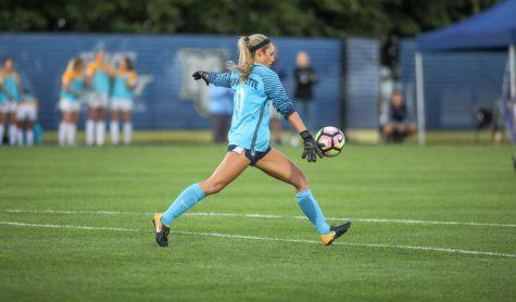 Women's soccer earns fourth straight win in shutout