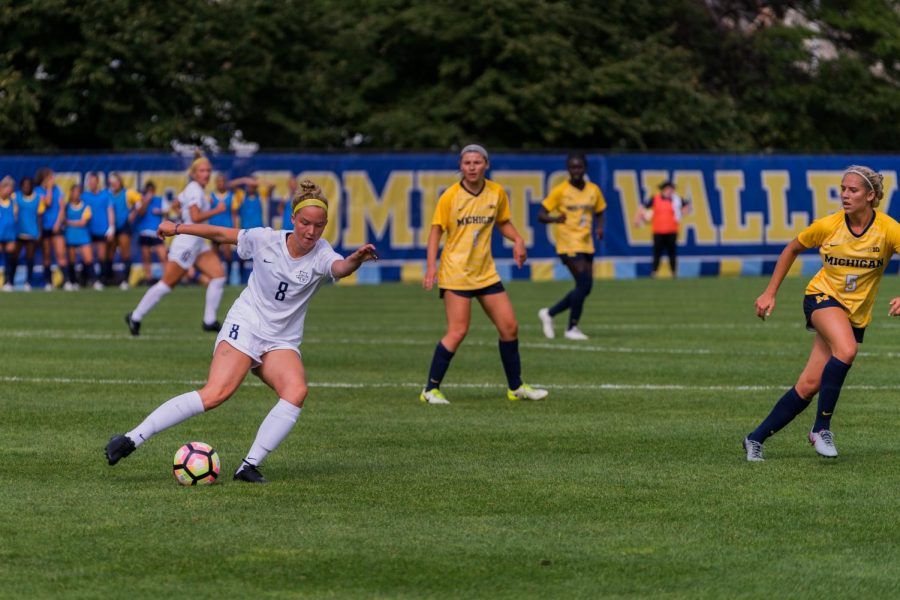 Junior+forward+Kylie+Sprecher+%28left%29+played+in+49+minutes+of+Marquette%27s+win+over+Michigan+Sept.+1+at+Valley+Fields.
