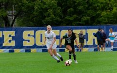 Women's soccer snaps three-game losing streak with 2-1 comeback against Colorado State