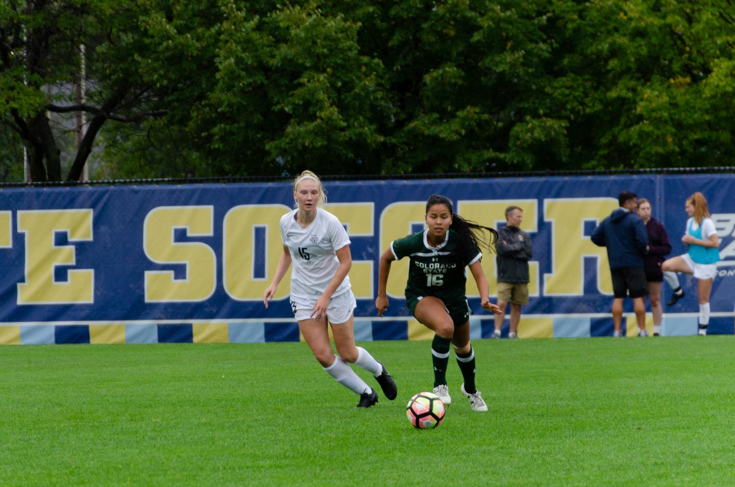 Alyssa Bombacino (left) pursues the ball in Marquette's 2-1 win over Colorado State at Valley Fields on Sept. 22.