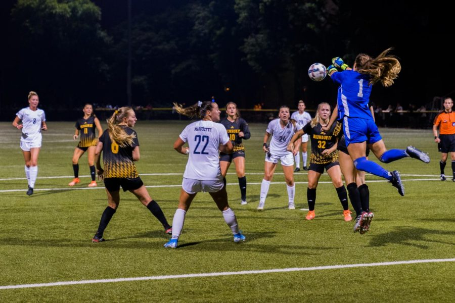 UWM+goalkeeper+Elaina+LaMacchia+reaches+for+the+ball+in+MU%27s+1-0+loss+to+the+Panthers+Sept.+15+at+Engelmann+Stadium.