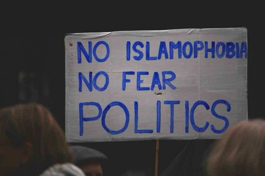 2020 Democratic presidential candidates need to address the Islamophobia persisting through political and societal rhetoric. Photo via Flickr.