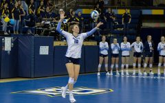 Volleyball defeats Villanova in four sets on Senior Night