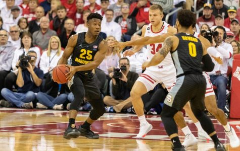 Baseline: Men's basketball suffers biggest loss to Wisconsin since 1998