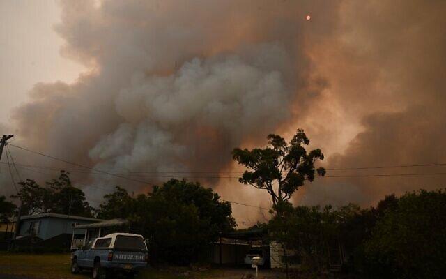 Current+Australia+bushfires+have+killed+an+estimated+one+billion+animals+and+burned+18+million+acres+of+land.+Photo+via+Flickr.+