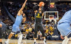 Marquette falls to Villanova despite Howard making BIG EAST history