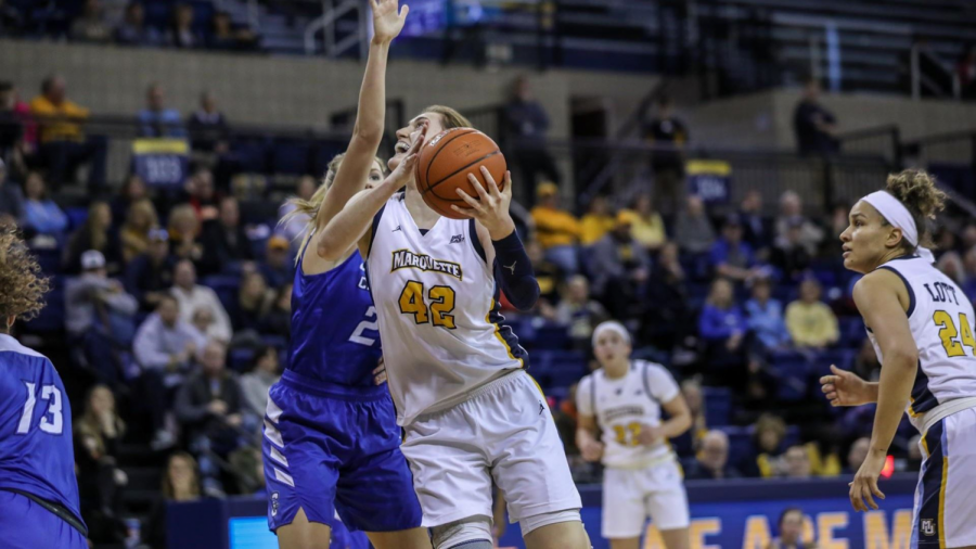Lauren+Van+Kleunen+hit+the+game-winning+shot+in+Marquette%27s+52-50+victory+over+Creighton+Sunday.+%28Photo+courtesy+of+Marquette+Athletics.%29
