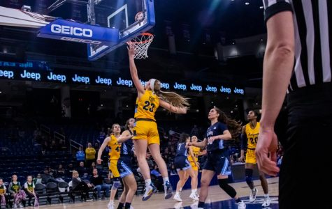 Women's basketball moves on to semifinals for fourth straight year
