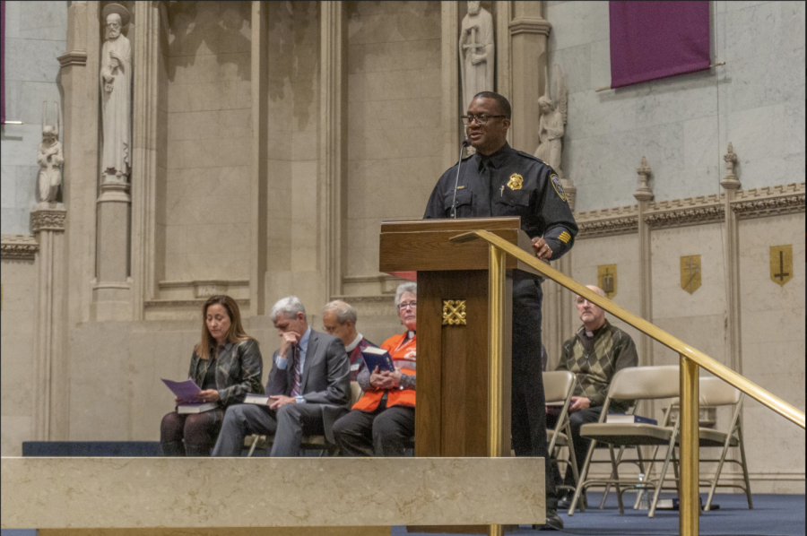 Jeffrey+Norman%2C+District+Three+Commander+of+the+Milwaukee+Police+Department%2C+speaks+at+the+vigil.+