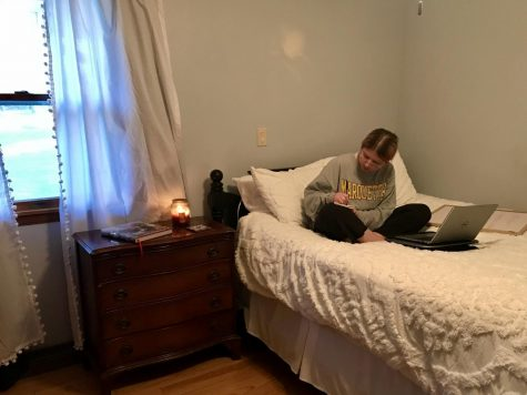 Emma Brauer works in her bedroom in her new house — the spot that became her classroom, office and virtual socializing spot. Photo courtesy of Emma Brauer.