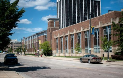 With facilities such as the Al McGuire Center closed, Marquette student-athletes have had to resort to alternative training methods during the pandemic.