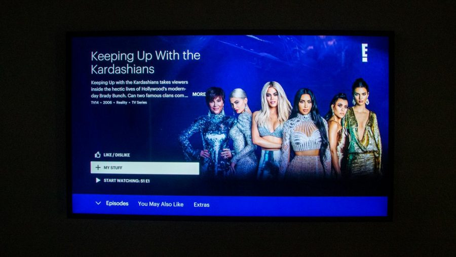 The+show%2C+%22Keeping+up+with+the+Kardashians%2C%22+features+relationships+and+drama.