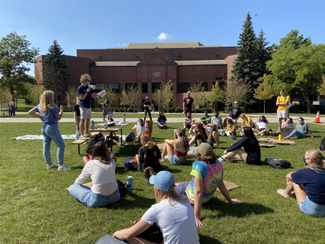 Joseph Miscimarra, co-founder of Fossil Free Marquette, spoke on Marquette