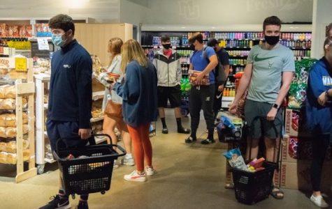 Students rushed to Sendik's Fresh2Go to get groceries before the mandatory quarantine.