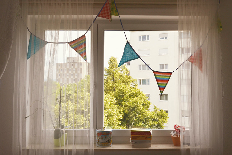 A quarantine party could look like anything. You could buy some balloons and bake a cake. Or maybe you could dance around the kitchen to old school Taylor Swift. Photo via Flickr