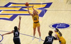 Chloe Marotta shoots a jumper in Marquette's victory over Georgetown Jan. 20. (Photo courtesy of Marquette Athletics.)