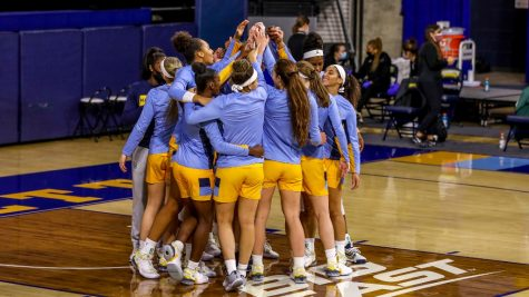Marquette huddles prior to their 89-40 win over Providence on Dec. 4. (Photo courtesy of Marquette Athletics.)