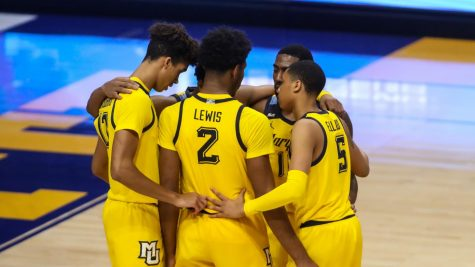 The Golden Eagles huddle during their game against Villanova on Dec. 23 (Photo courtesy of Marquette Athletics.)