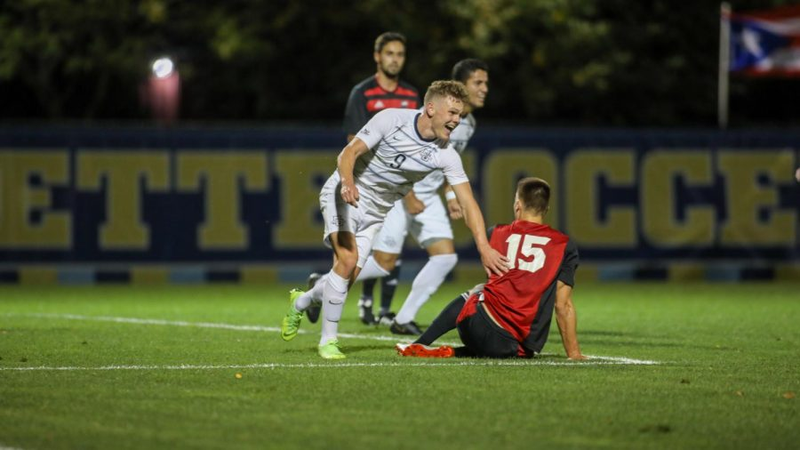 Junior+forward+Lukas+Sunesson+%289%29+celebrates+after+scoring+a+goal+%28Photo+courtesy+of+Marquette+Athletics.%29