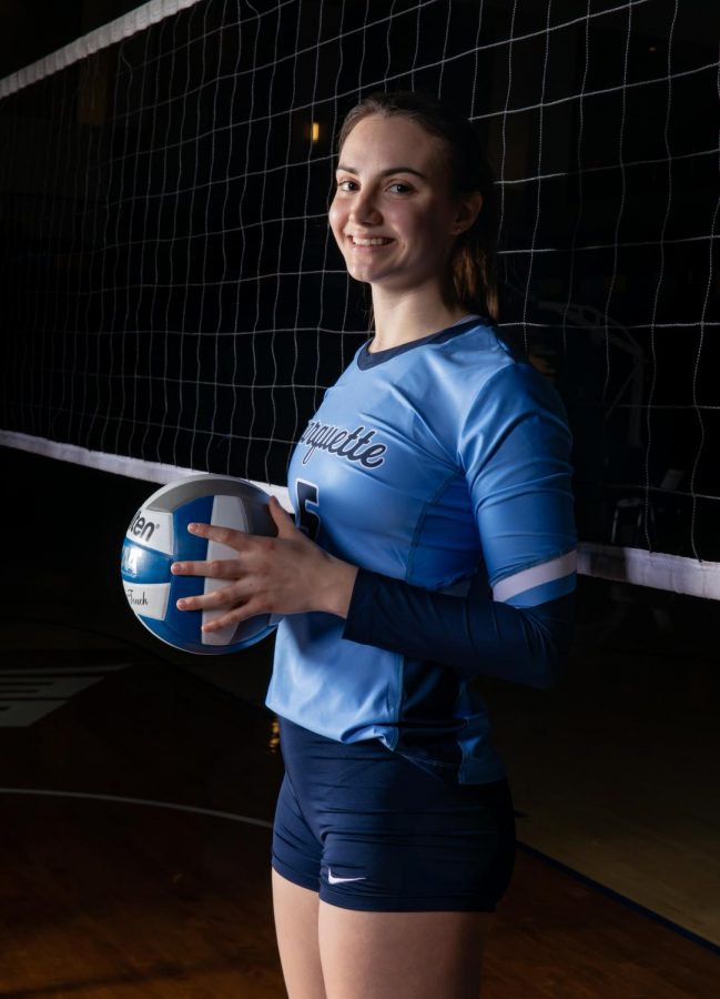 Caroline Dragani poses during the team's photo shoot. (Photo courtesy of Marquette Athletics.)