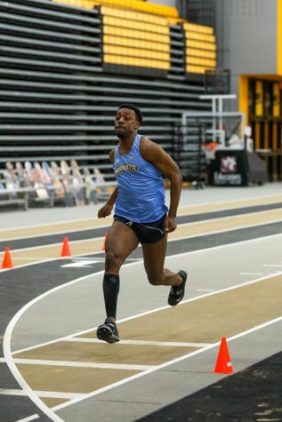 Marquis Ward competes in the Panther Tune-Up at University of Wisconsin-Milwaukee Feb. 14. (Photo courtesy of Marquette Athletics.)
