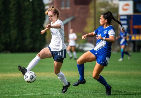 First-year forward Maggie Starker attempts to get a touch on the ball during Marquettes 1-0 win over Seton Hall Oct. 3.