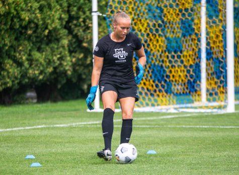 Redshirt first-year goalkeeper Mikki Easter is in her first season as the womens soccer starting goalkeeper.